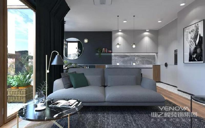 墨绿墙面、深棕橡木地板、水磨石铺贴的地面,从卧室到视听室一致保留腰带的简洁设计,