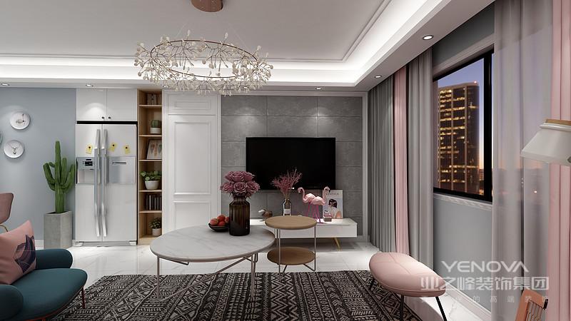 如果加上皮质和不锈钢材质的家具放在房子里能提升房子的一个档次。