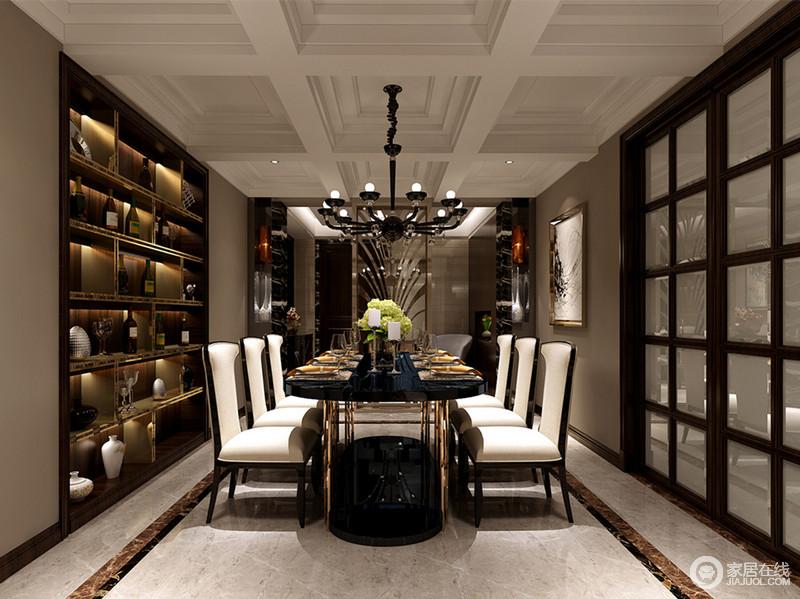 优雅的黑白搭配将餐厅的氛围营造的极具华贵情调,厚重餐桌台面下是轻奢质感的玫瑰金属腿,与深棕色的置物架装饰的金属线形成呼应;格子元素的运用,丰富了整个空间层次。