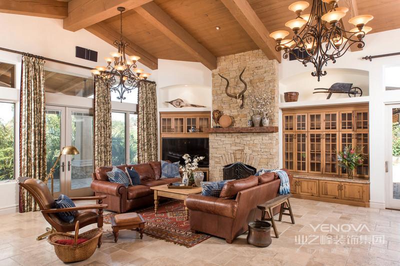 客厅地中海格设计是家居的最大魅力,来自其纯美的色彩组合。