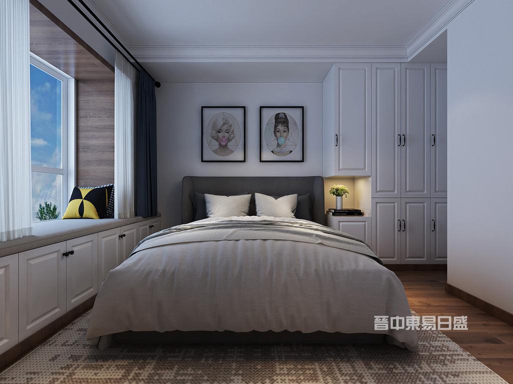 卧室是不仅是睡眠休息的地方,是最具隐私性的空间,特别是主卧。简单吊顶加石膏线,从而营造一个现代化的简单,舒适主卧空间。