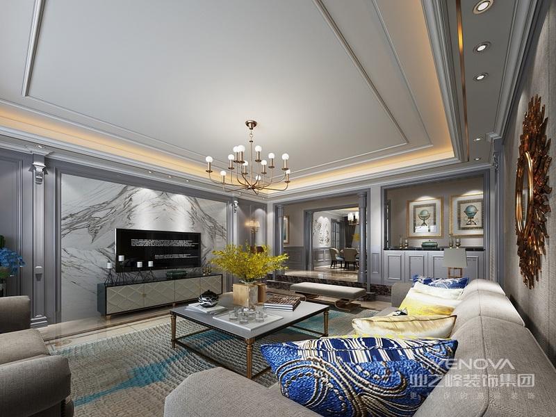 以白色为基调,顶上简化的石膏线造型,搭配金色线条走边,整体干净利落,为空间勾画出简洁大气的韵味,打造现代轻奢感。