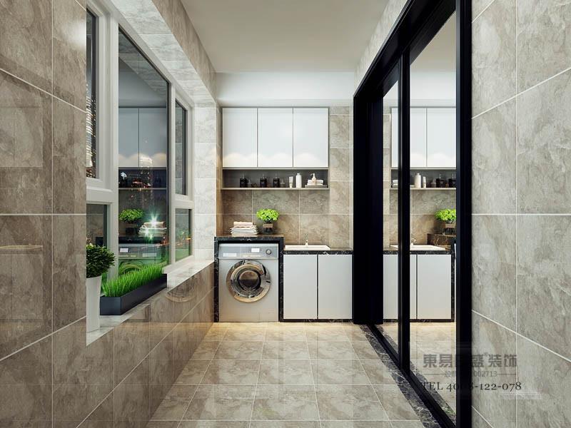 阳台采用浅褐色贴砖,滚筒洗衣柜+洗手池,使用边框使用黑色与门窗融于一体互相呼应