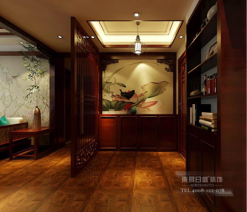 彰显主人的品位与尊贵,墙上壁画以花鸟为主。