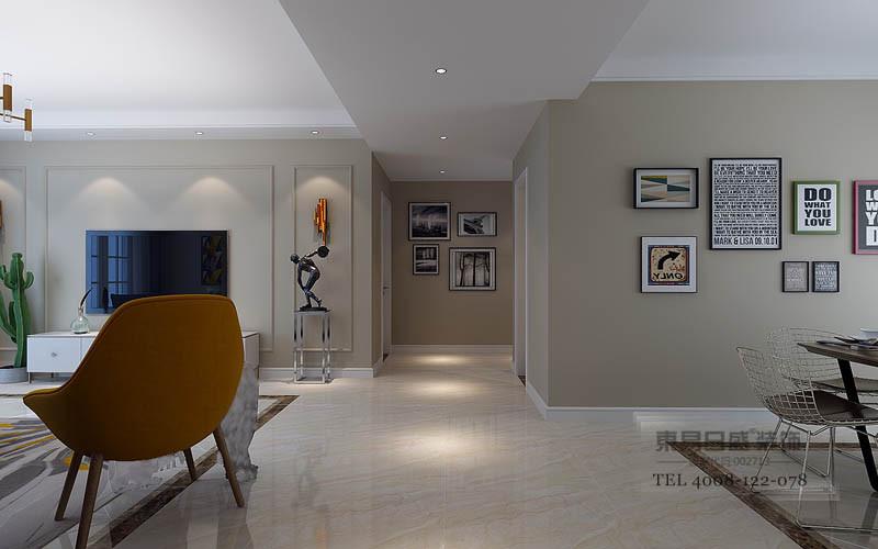 卧室以实木材质为主,从床头背景墙和地面色彩达成呼应,温实暖意;方形射灯代替复杂的吊灯,用台灯满足日常需求,而灰绿点缀其间,让空间时髦而个性。