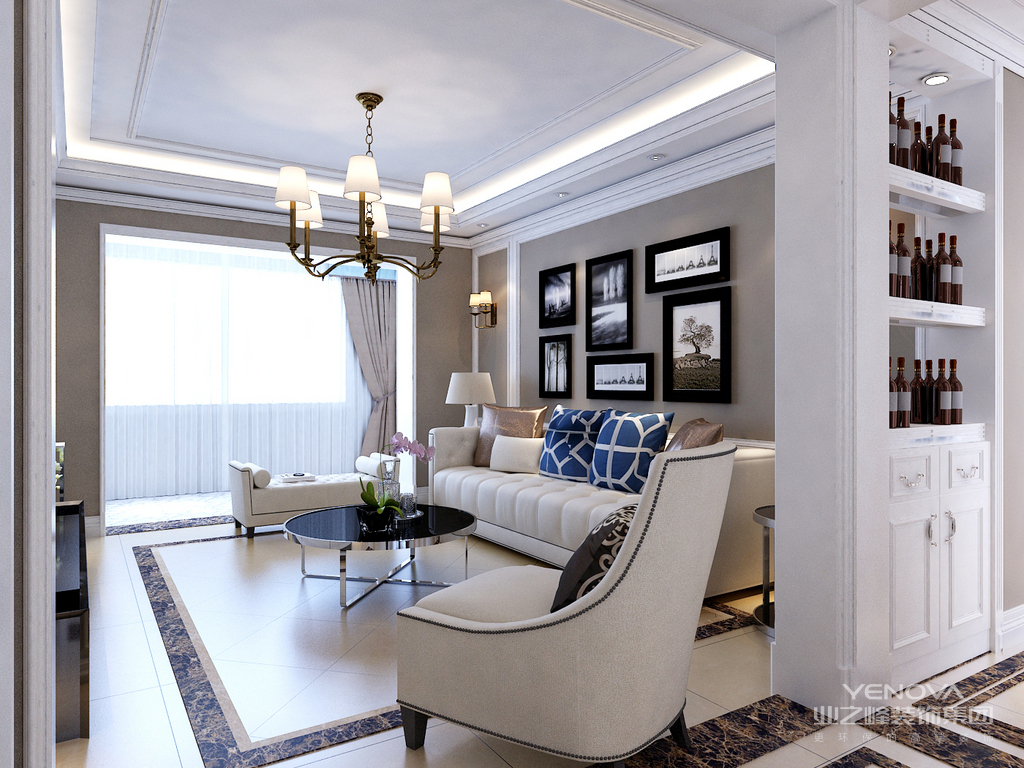 室内多采用对称式的布局方式,格调高雅,造型简朴优美,色彩浓重而成熟。中国传统室内陈设包括字画、匾幅、挂屏、盆景、瓷器、古玩、屏风、博古架等,追求一种修身养性的生活境界。