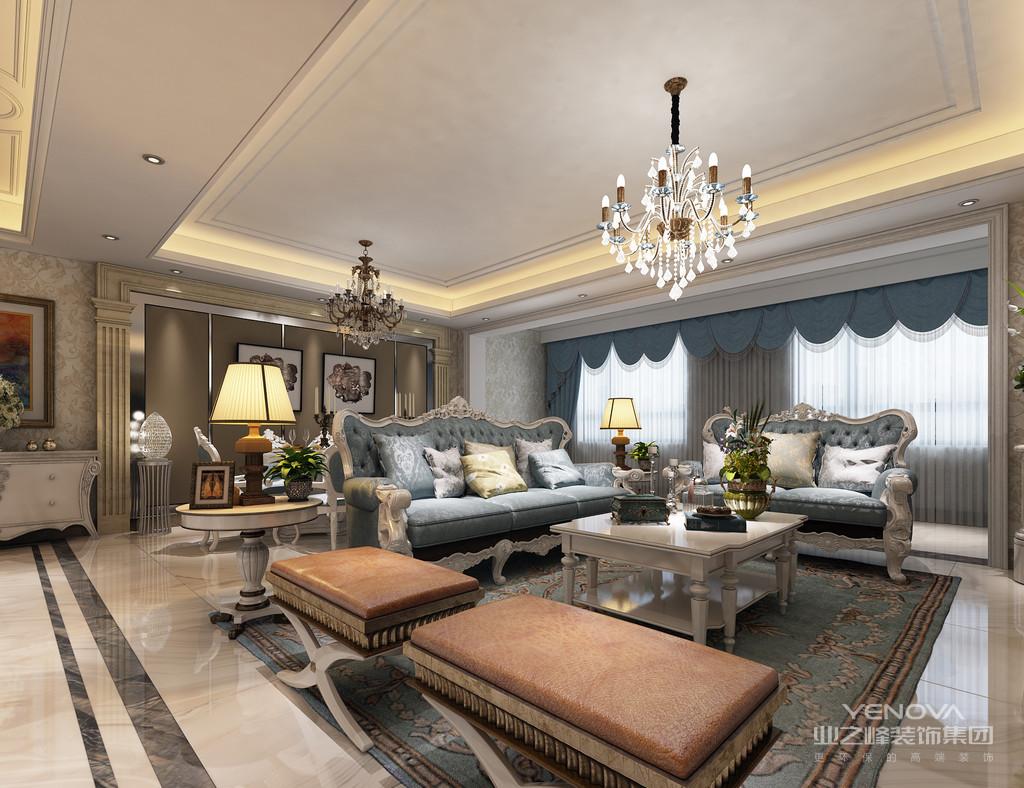 屋主是个成功人士,喜欢轻奢华贵感的欧式风格;设计师在空间的设计上,尽量多以华美手法营造空间,使空间展现出的气质符合屋主的身份;整体色调以温暖的米黄色诠释,释放出的温馨感减弱欧式风格中的厚重,大量精致家居配饰的妆点配搭,空间呈现出的典雅感显得明快浪漫、舒适平和。