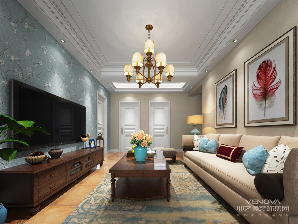 舒适的米白色布艺沙发,布置上素雅的蓝色抱枕,沙发墙再挂一幅抽象的装饰画,舒适优雅