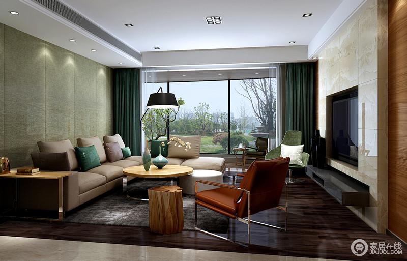 设计将室内设计与室外景观融合为一,利用落地窗将两者的不同美感表现出来;淡黄色大理石背景墙与绿色沙发背景墙以面状的色彩感来提升空间的亮度;黑灰色地毯与卡其色沙发因简约家具更显现代。