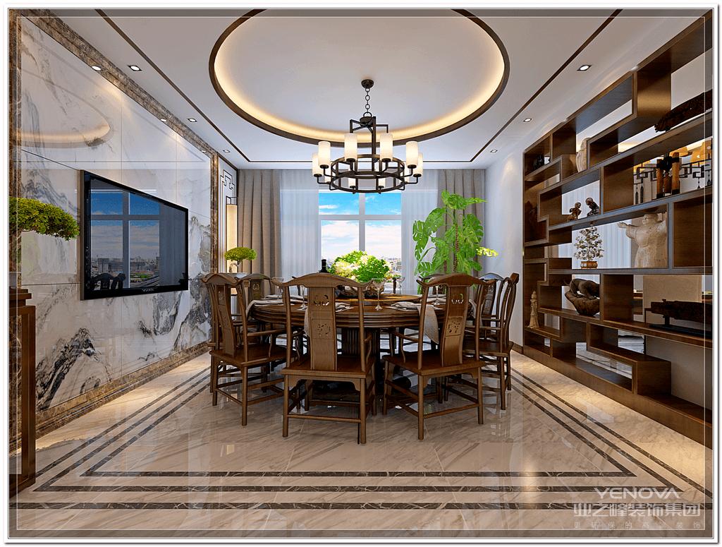 新中式具有中国传统风格文化意义在当前时代背景下的演绎,是对中国当代文化充分理解基础上的当代设计。新中式是传承传统中式风格的精髓,通过与现代潮流的对话碰撞而产生的创新。  新中式风格在设计上延续了明清时期家居配饰理念,提炼了其中经典元素并加以简化和丰富,在家具形态上更加简洁清秀,同时又打破了传统中式空间布局中等级、尊卑等文化思想,空间配色上也更为轻松自然。