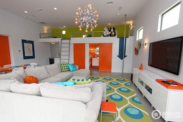橙色时尚56平家 用色大胆卫浴瓷砖突出