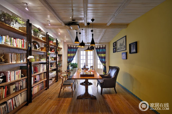 一套多彩三居室设计 色彩丰富设计巧妙