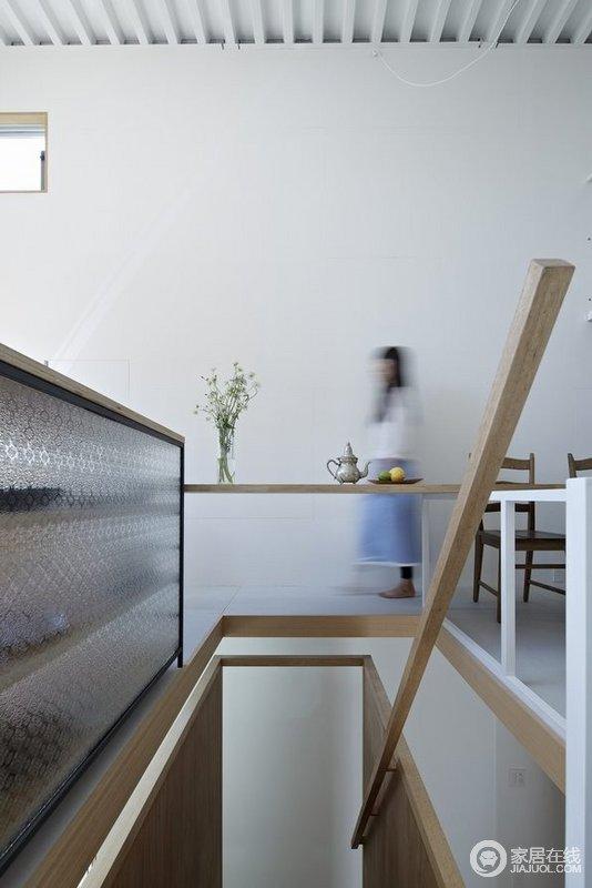 典型的日式家装修 原木色调禅意浓浓