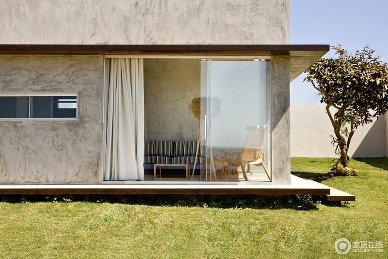 巴西一座混凝土房子 现代精致与时尚典范