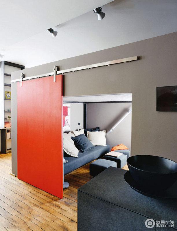 色彩强烈现代家居 只要休闲自在就好