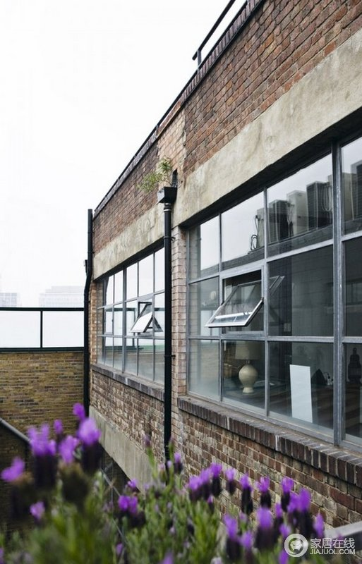 旧阁楼的成功改造 现代工业风格硬装