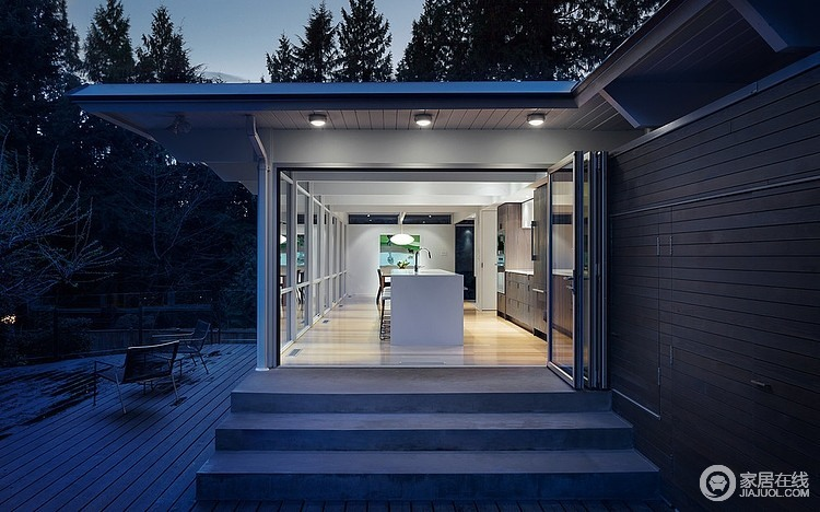 简简单单的住宅 可以尽情的享受阳光