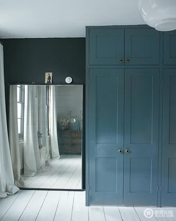 让人陶醉的蓝色调 设计师的伦敦公寓