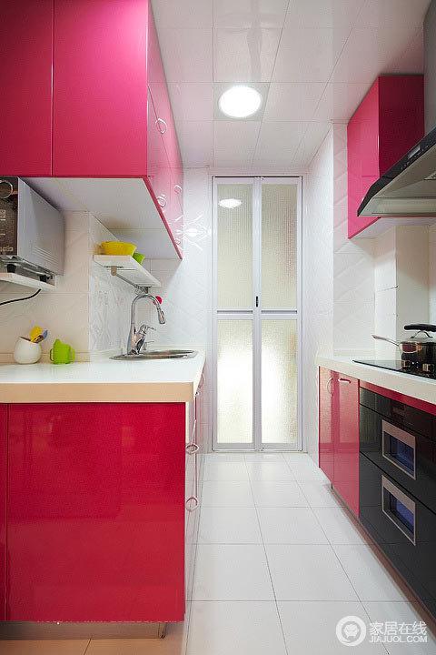 89平旧房改造 粉嫩色现代简约家装