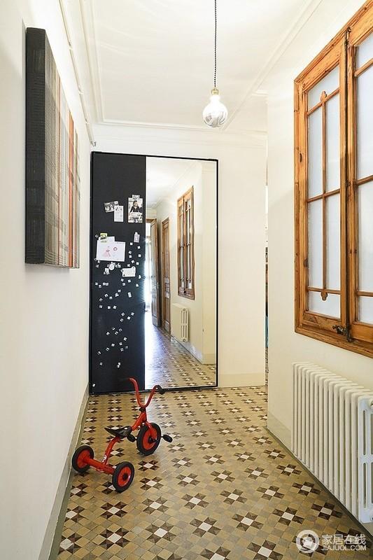 充满艺术气息的家 拼花瓷砖铺装地面