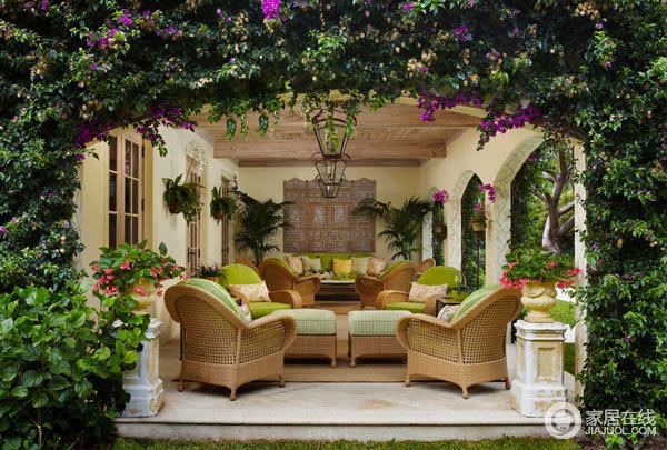 专属春天的装饰品 垂吊植物打造清新家