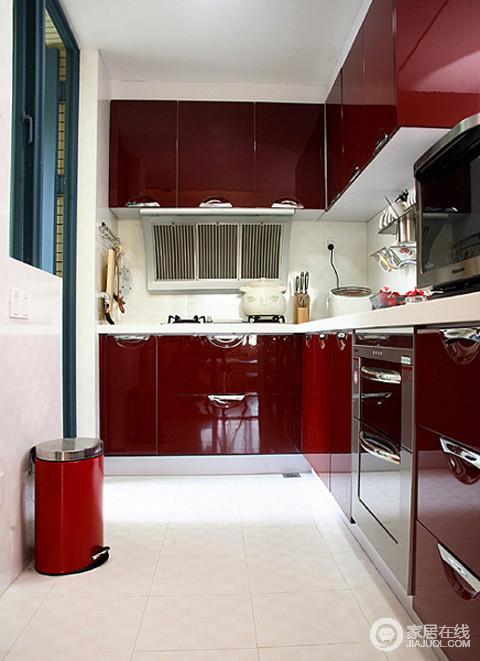 100平简约婚房设计 红白色的时尚清新搭