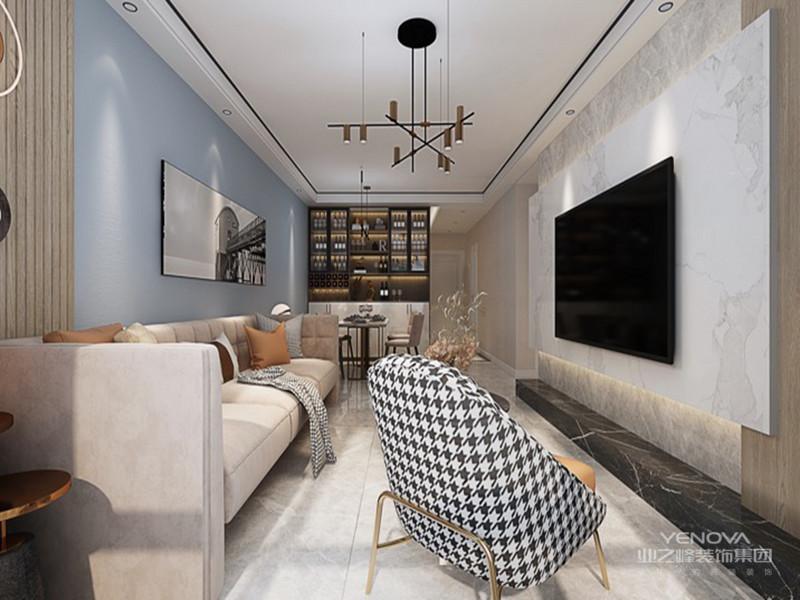 都是现代风格家具的常见装饰手法,给人带来前卫、不受拘束的感觉,组合柜上造型时尚简单的饰品因其纯净的色彩亦使空间多了几分时尚元素。