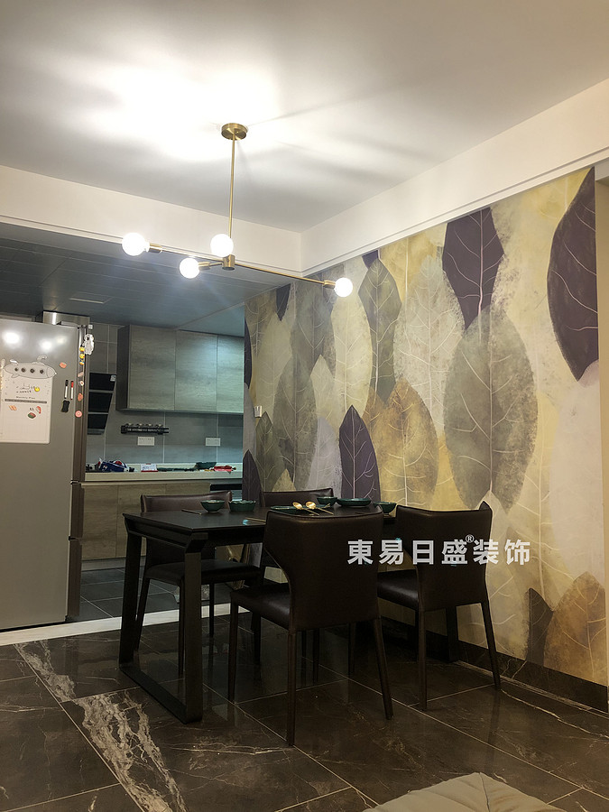 桂林悠山郡二居室90㎡现代北欧风格:餐厅装修设计实景图