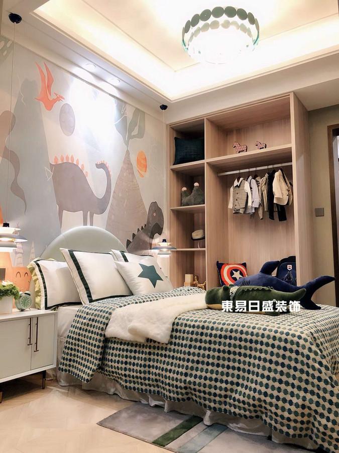 新安厦•西宸源著E户型顶层合院6房2厅210㎡样板房现代简约风格:男孩房装修设计实景图