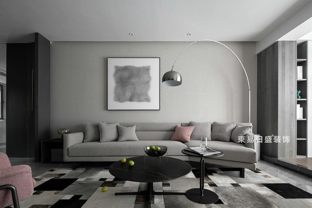 桂林江与城三居室135㎡现代风格:客厅背景墙装修设计效果图