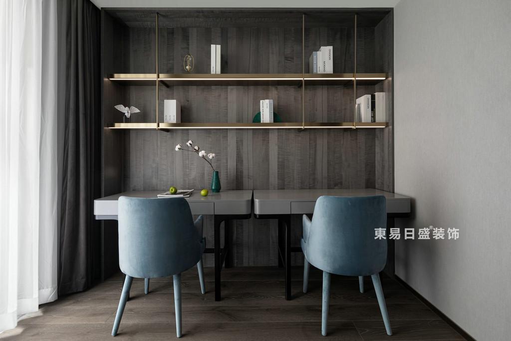 桂林江与城三居室135㎡现代风格:书房装修设计效果图