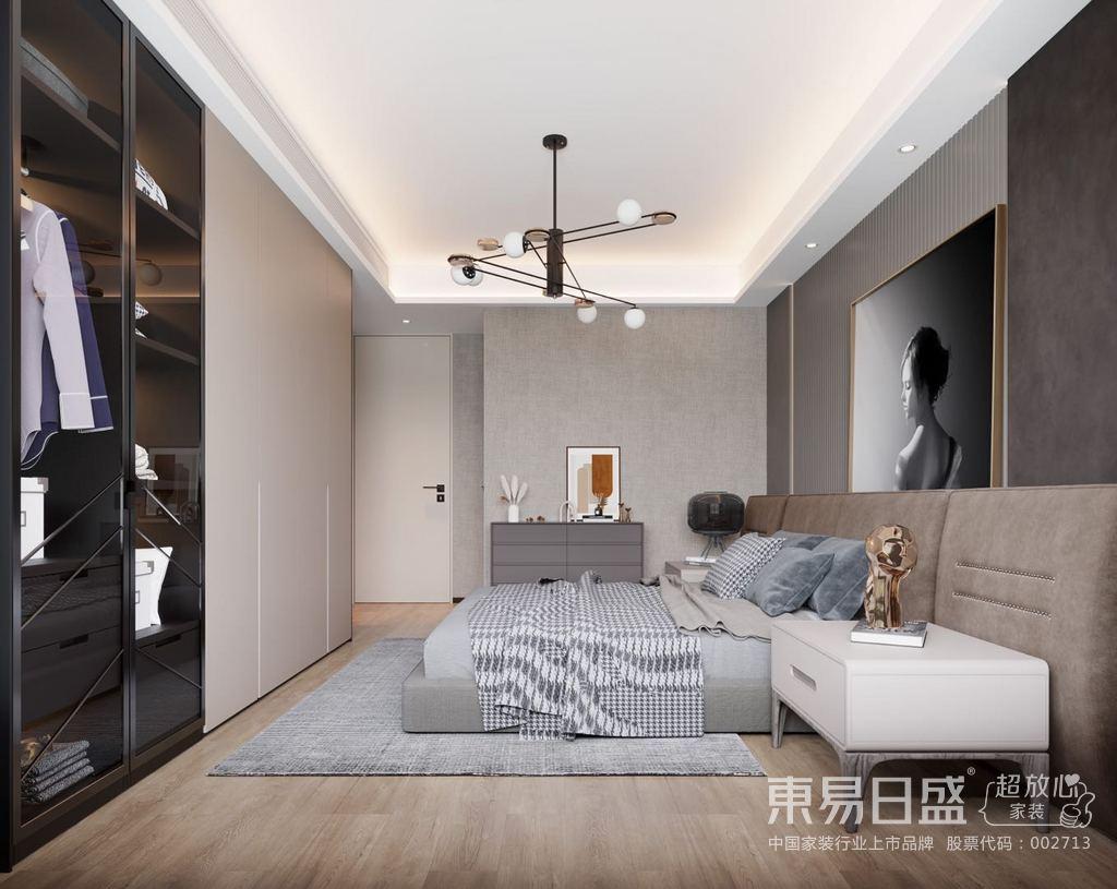 加上蓝色和白色的窗帘,与地面上的红色形成鲜明对比。同时,家具,天花板和墙壁都是白色的。