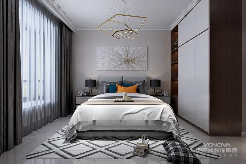 现代简约风格其着重点就在于简,即外形简洁,室内空间朴素、大方,但其功能性强。