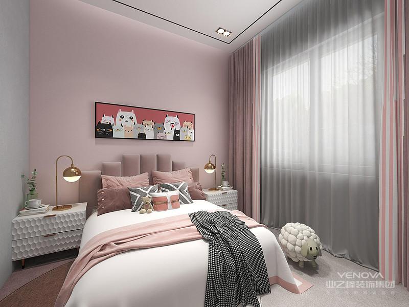 床头背景设计有些简约到只有一个十字挂件,但是它凝结着设计师的独具匠心,既美观又实用。