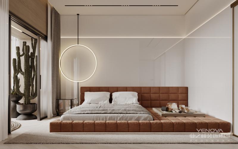 主卧墙面涂刷奶油灰 简单的暖色基调能让心灵放松 配合能反射空间的 玻璃饰面,让空间尺度得到拉伸