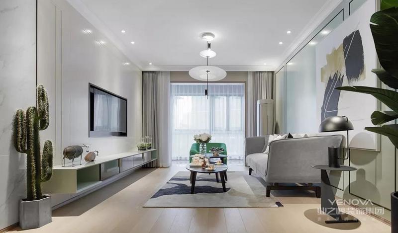 家具面料坐感自然舒适,一束鲜花,一杯清茶,装点生活的诗意。阳光洒落