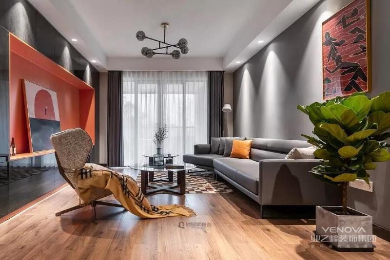 整个空间通过简洁利落的 硬装设计带来空间通透感 辅以灯光设计 软装设计提升设计格调 以橙色为主题的撞色 打造出令业主满意的 个性化家居氛围