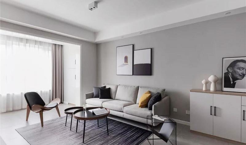 室内家具及装饰采用低彩度配色,以素雅柔和的色彩塑造宁静而清澈的氛围。