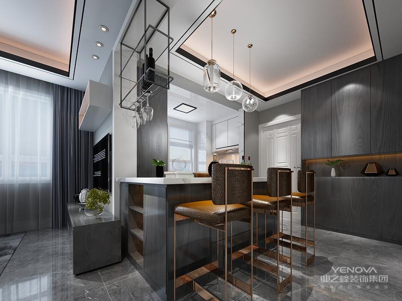 大量使用铁制构件,将玻璃、瓷砖等新工艺,以及铁艺制品、陶艺制品等综合运用于室内