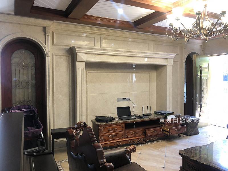桂林信和信•原乡墅别墅500㎡美式乡村风格:客厅电视墙装修设计实景图