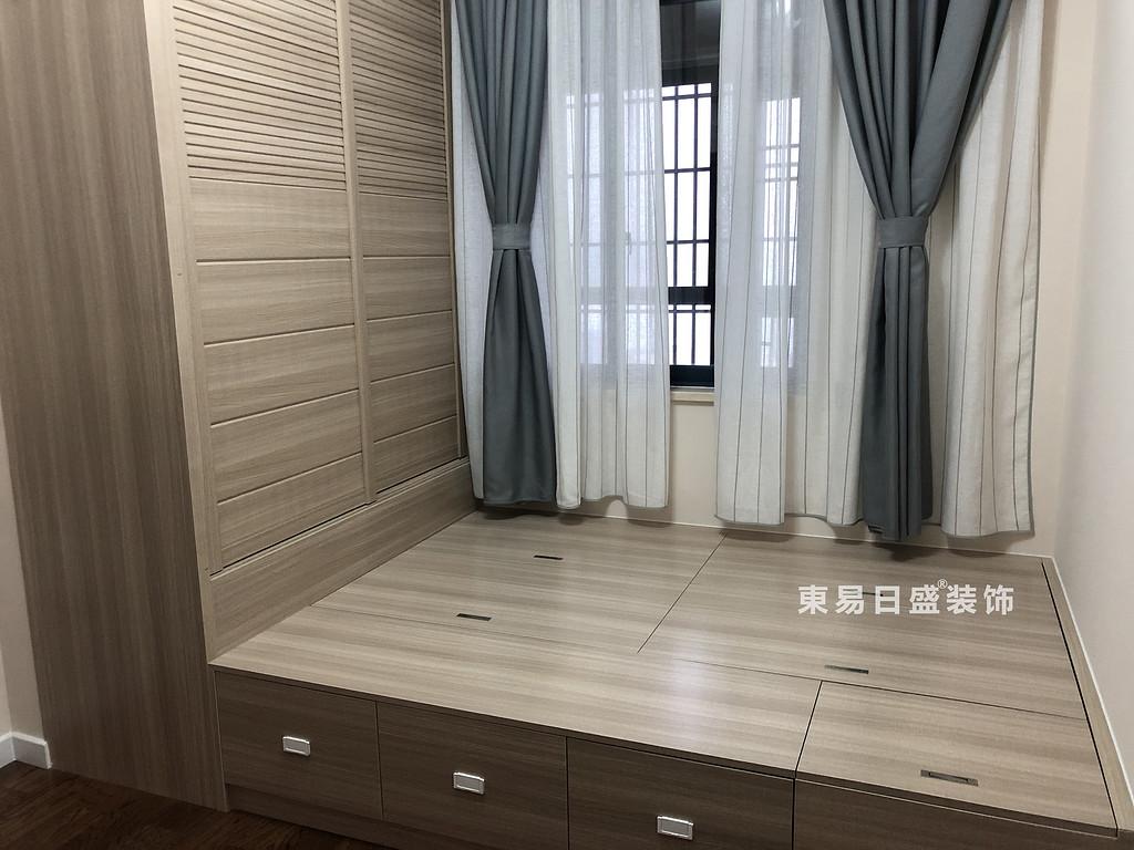 碧園印象桂林二居室100㎡現代風格:次臥室裝修設計實景圖