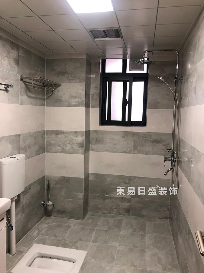 碧園印象桂林二居室100㎡現代風格:次衛生間裝修設計實景圖