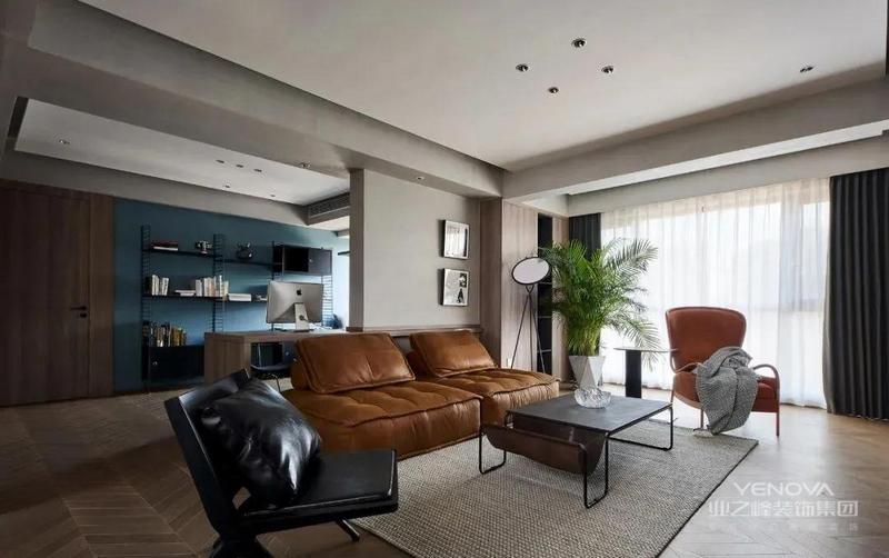 客厅和多功能书房的开放式空间,进入卧室和公卫的无过道设计,都是在充分利用每一个空间,沙发背景也是利用书桌来做软隔断