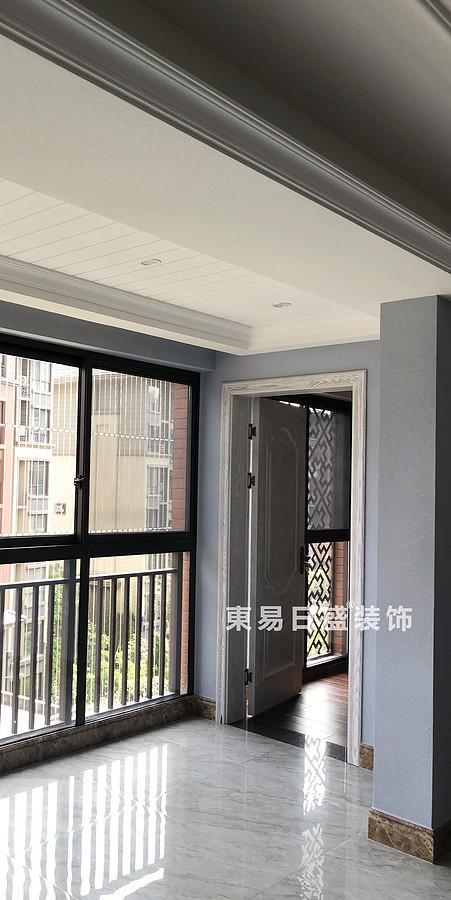 桂林彰泰?清華園四居室140㎡美式和歐式混搭風格:陽臺裝修設計實景圖