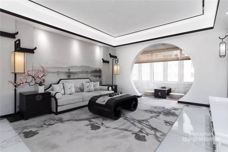 客厅以古朴的水墨风情,素墨色的空间搭配,使得空间充满了儒雅的中式格调。