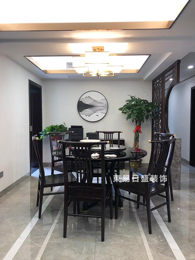 桂林彰泰•桃源居四居室138㎡轻奢中式风格:餐厅装修设计实景图