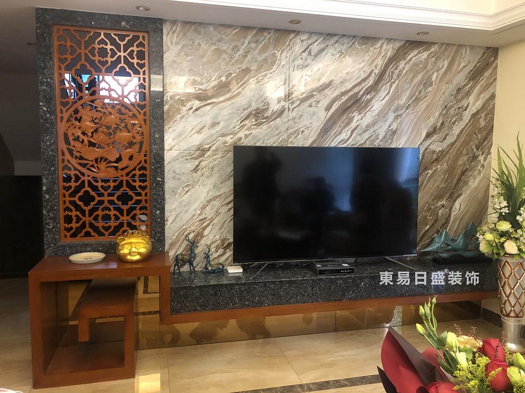 桂林兴达•江山领秀底层复式楼260㎡中式风格:客厅电视墙装修设计实景图
