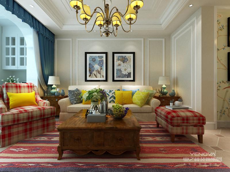 美式客厅风格较多采用嵌入式石膏吊顶,再搭配精致的水晶吊顶,从而营造出一种怀旧、浪漫的感觉。大理石主要作为地面装饰材料,光泽感极佳。在沙发区也可以铺上大幅花纹地毯,这样会使空间区域划分更加清晰。另外,造型复古的组合沙发以及茶几都具有上乘的质感,让美式古典风格得以进一步的彰显。