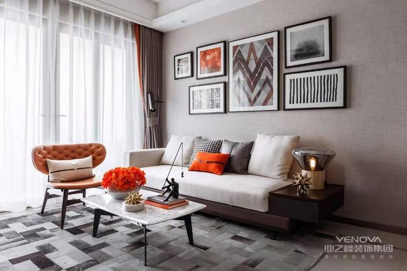 现代装修风格以简约为主,它的特色是将设计的元素,主材,软装简化到最少的程度。