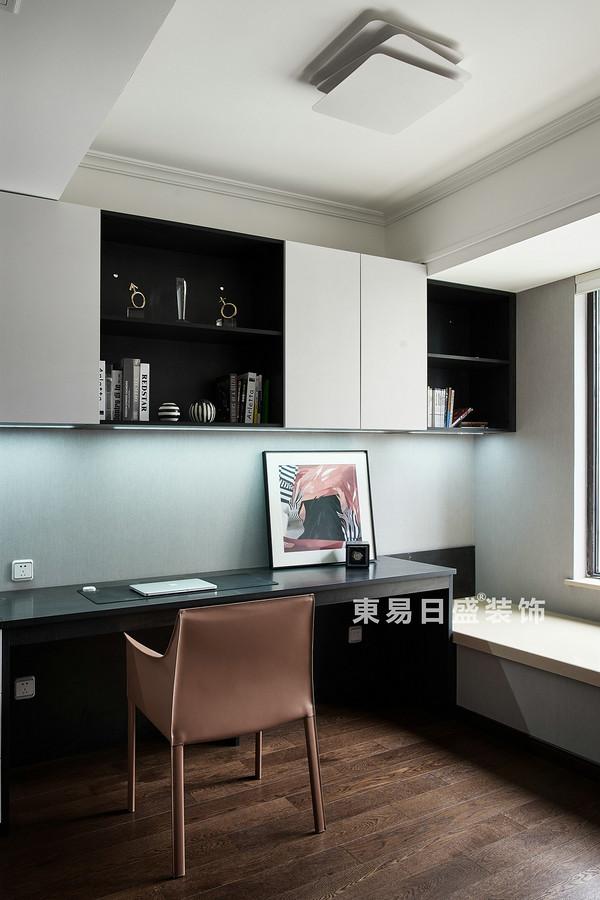桂林萬達城三居室125㎡現代風格:書房裝修設計效果圖
